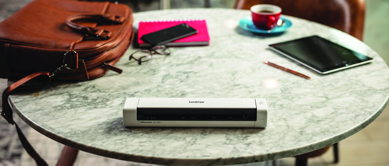 Escáner portátil DS-740D Brother