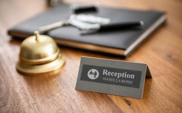 Etiqueta para recepción de hotel